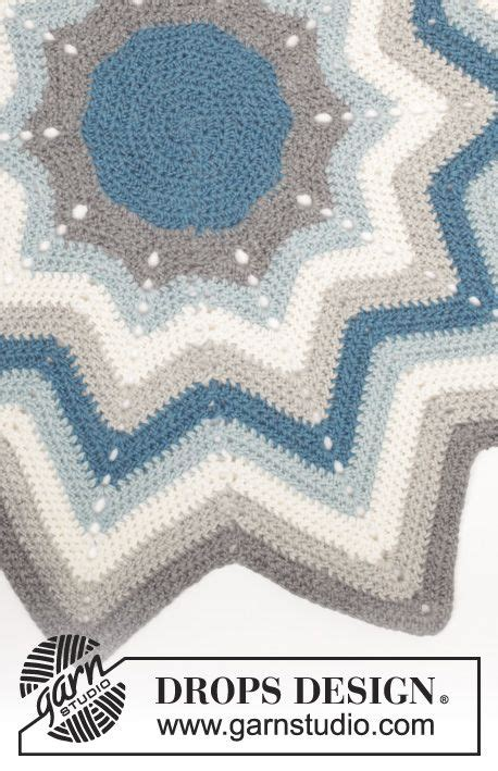 crochet pattern for zig zag rug pole star crochet drops rug with stripes and zig zag