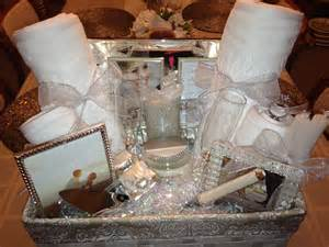 bridal shower gift basket ideas ideasthatsparkle on