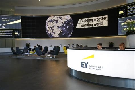 Ey Nyc Office by Ey Office Ey Office Photo Glassdoor