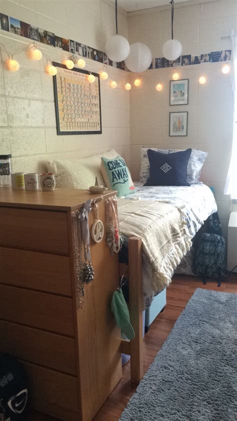 cribs to college bedrooms best 25 lynchburg college ideas on pinterest college