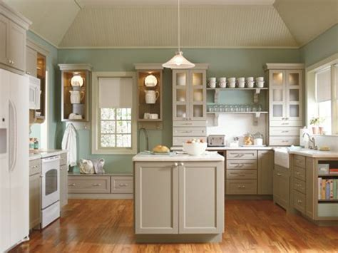 trying to match paint colors to this it s martha stewart s ox hill kitchen at home de s pot