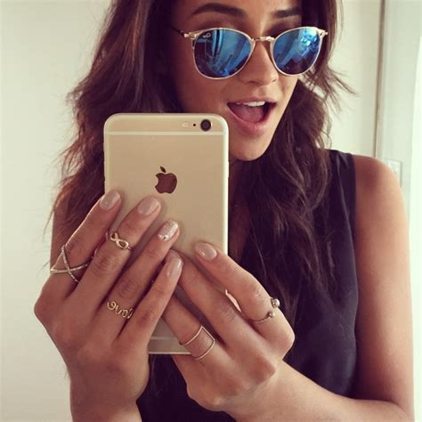 Selfie For Iphone 6 And Iphone 6 jenner shay mitchell fan de iphone 6 sur