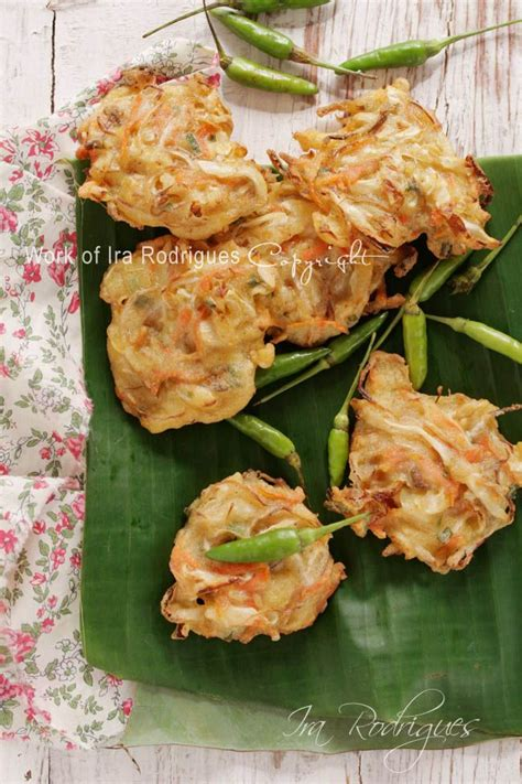 33 best images about indonesian recipes on pinterest cookingtackle vegetable fritter bala bala as indonesian