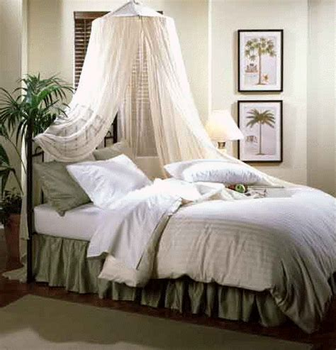 eye for design decorating your bed with gauze canopies