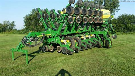 Deere 1790 Ccs Planter by 2014 Deere 1790 Ccs Planters Deere