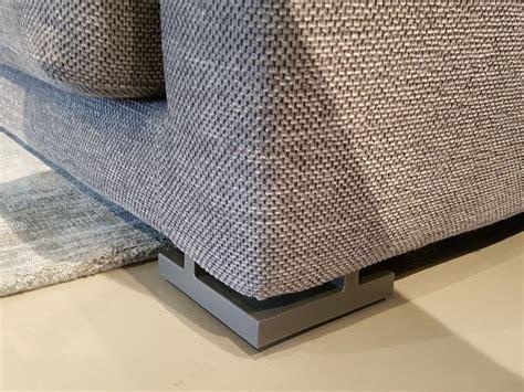 divani in tessuto prezzi divano con penisola in tessuto poliform a prezzo scontato