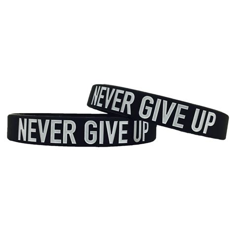 """""""NEVER GIVE UP"""" Wristband   Elite Athletic Gear"""