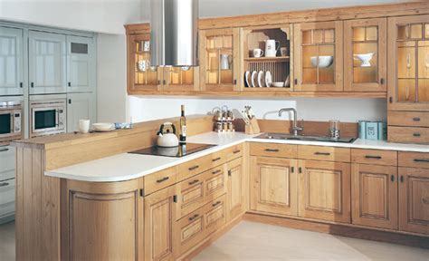 Dante Light Oak Antiqued Fitted Kitchens Kitchen Design Light Oak Kitchens