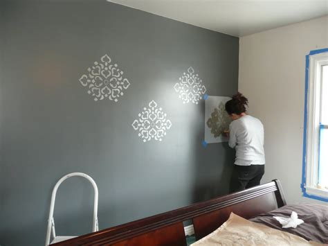 stencil ideas for bedroom remodelaholic stenciled wall master bedroom
