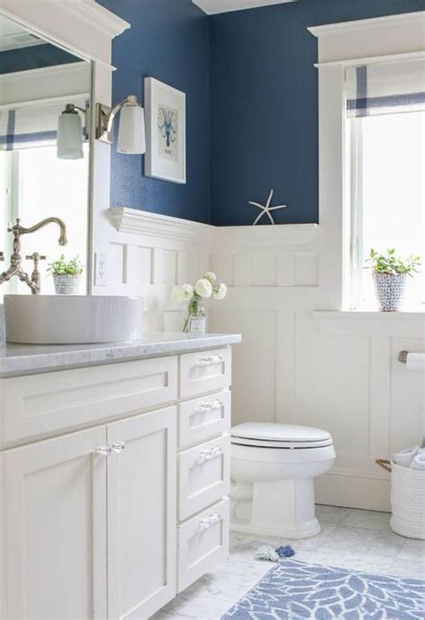 Wainscotting Bathroom by Wainscoting In Bathrooms 25 Stylish Ideas Digsdigs