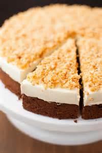 kuchen mit creme s 228 gesp 228 ne torte mit selbstgemachter creme kaffee cupcakes