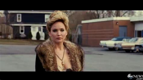 american hustle christian bale opening scene hair scene american hustle first trailer lainey gossip entertainment
