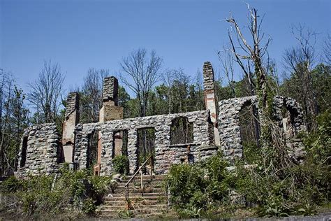 haunted houses in roanoke va pin by candi dillon on abandoned places pinterest