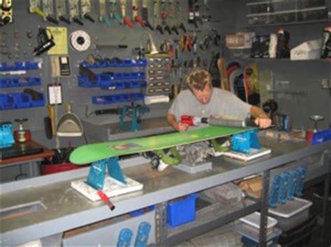 snowboard waxing bench waxing tools