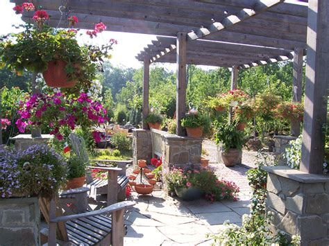 giardino country country uno stile di ieri per le di oggi arredo idee