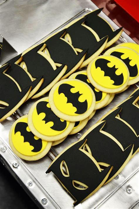 imagenes de uñas decoradas batman 74 mejores im 225 genes de batman en pinterest tortas batman