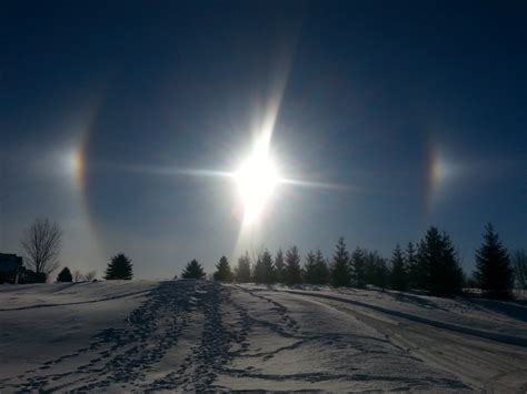 what are sun dogs a s year 187 sun dogs