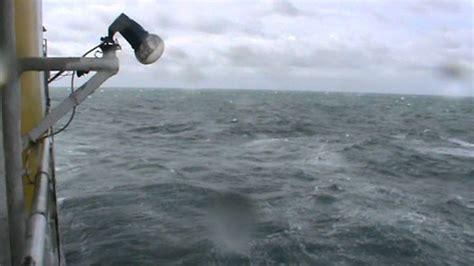 Ombak Laut ombak laut jawa 3 desember 2011