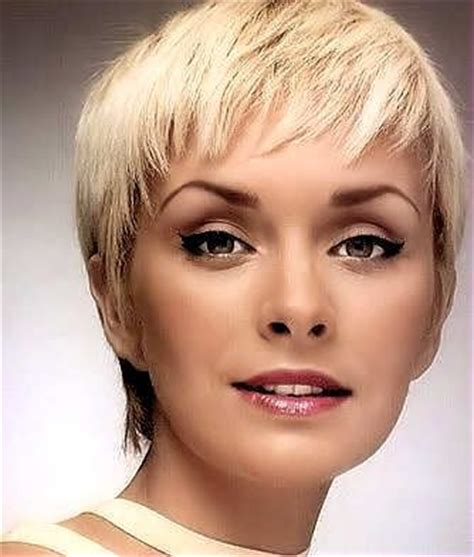 hair cut feathered ends 1000 images about fashion on pinterest very short hair