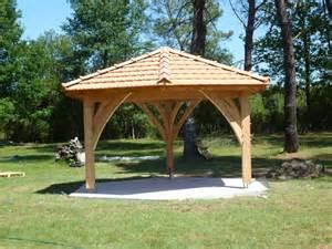 kiosque de jardin agulhon charpente