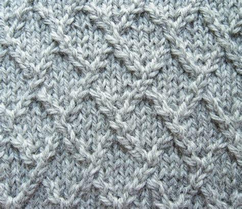 diamond pattern in knitting lattice lozenge or diamond knitting stitch knitting