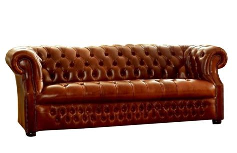 buttoned sofa richmount deep buttoned sofa the chesterfield company