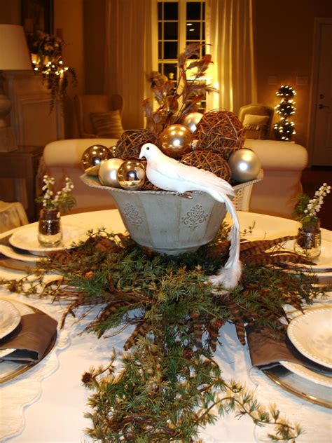 christmas table settings ideas rustic brown wooden dining table decoration with garland