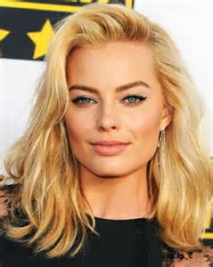 haircut for a 28 yea margot robbie hair shoulder length sultry do for 2016
