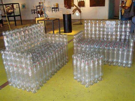 sillones de plastico sillones y mesas de botellas recicladas proyectos