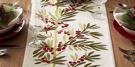 best christmas list items for runners 12 best table runners and linens in 2017 festive table runners