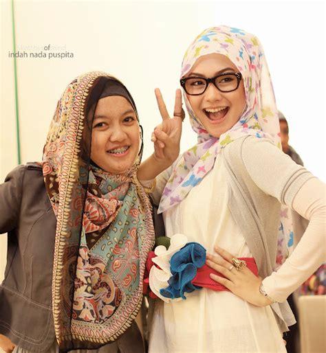 tutorial hijab indah nada puspita cara cara pakai jilbab fashion hijab inspirasi by indah