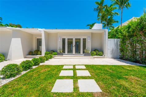 Of Miami Mba Open House by Open House 6071 N Bay Road Miami Fl 33140 Miami