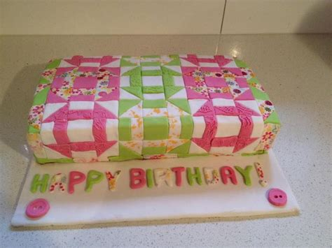 How To Quilt A Cake With A Ruler by Best 25 Quilted Cake Ideas On Fondant Cake