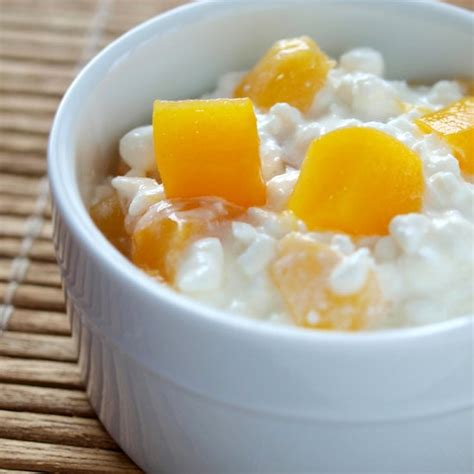 low cottage cheese recipes cottage cheese with fruit high protein snacks popsugar