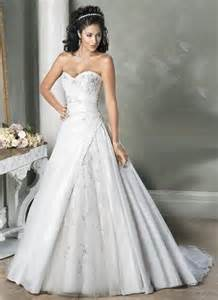 the best wedding dress for your body type a no stress