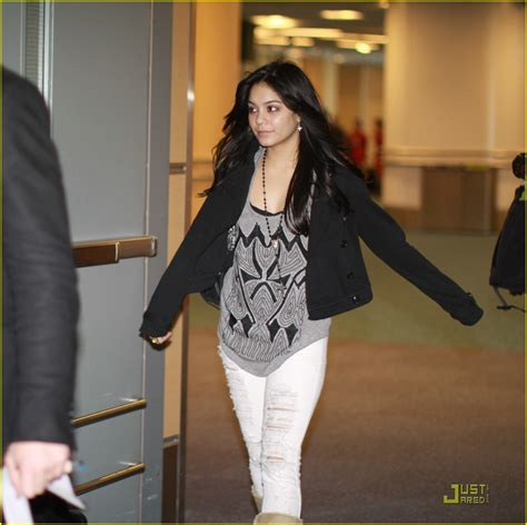 Hudgens Reveals Again by Hudgens From La To Vancouver Again Photo 326691
