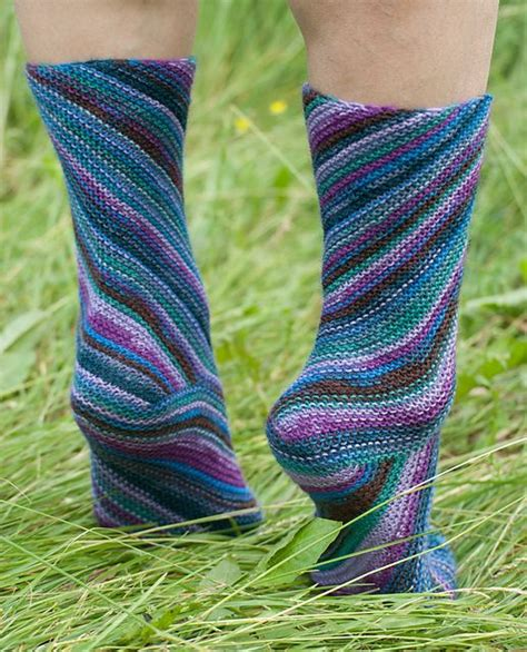 ravelry slipper socks on the knifty knitter loom pattern 106 best loom knitting socks images on pinterest knit
