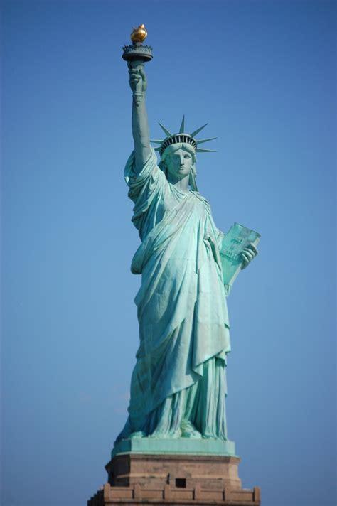 Search La Infos Sur Statut De La Liberte Arts Et Voyages