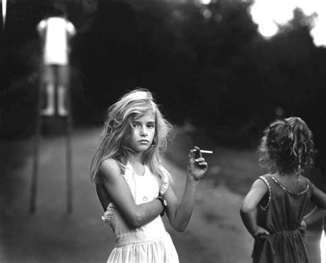 Young Girl Smoking Pics