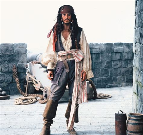 how to create a captain jack sparrow pirate costume captain jack sparrow captain jack sparrow photo 4274790