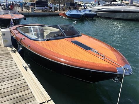 riva boats australia 2004 riva aquariva power boat for sale www yachtworld