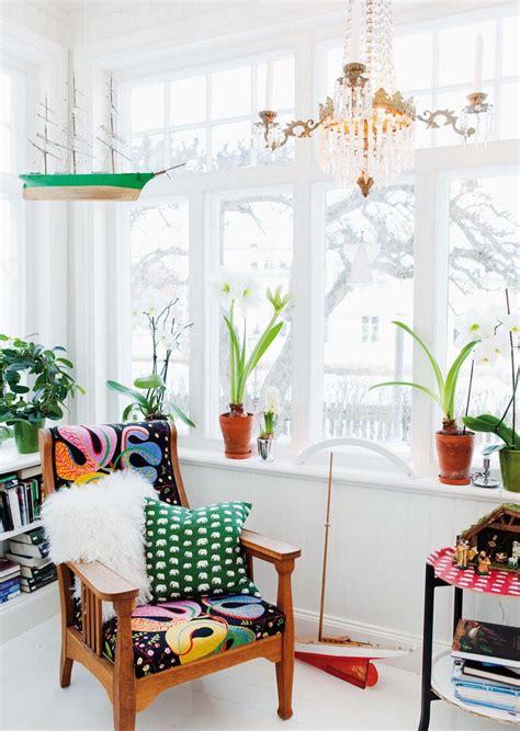 swedish style interior design by svenskt tenn eclectic lutande huset i trosa hus hem