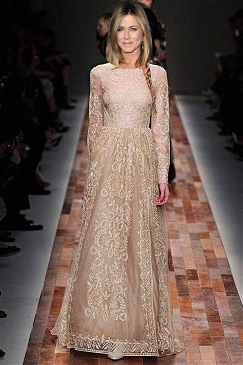 hochzeitskleid jennifer aniston jennifer aniston wedding and latest fashion on pinterest