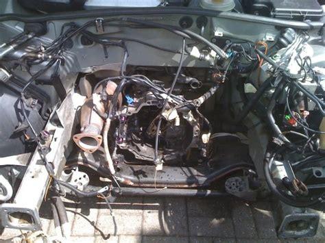 Audi A4 B5 Z Ndkerzen Wechseln by Audi A4 1 8t 97 Motortausch Auf Dem Parkplatz Whoopsie