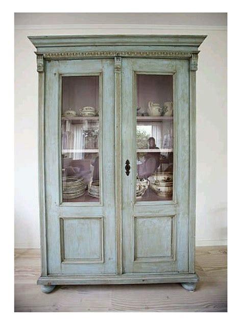 poner en una vitrina de comedor casa diseno
