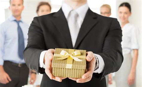 gifts for the family corporate gifts tips to please every type of business