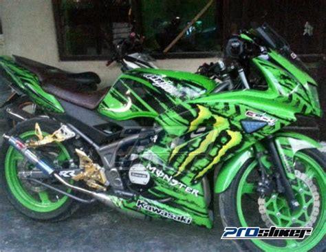 Jual Striping Modif 150 Rr New Motif Marka Prostiker modifikasi rr new hijau striping motor motif marka hijau terpasang gambar foto 03