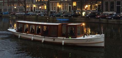 speedboot huren amsterdam salonboot iris boot huren