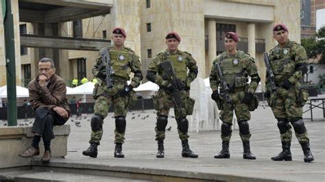 gobierno dio un aumento salarial a los militares de hasta un 45 aumento a militares en colombia decreto salarial de