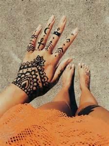 les 25 meilleures id 233 es concernant pied henn 233 sur